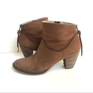 Steve Madden Nubuck Leather Ankle Boots Size 8.5
